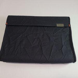 "Targus 11"" Laptop/ Tablet/ Pad Sleeve case"